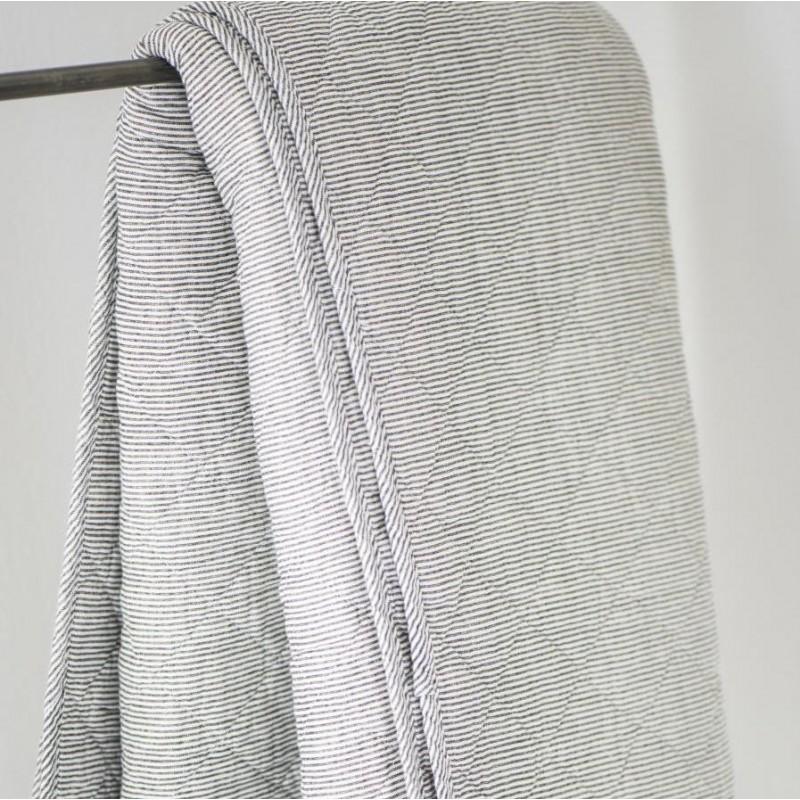 Quilt - Vattæppe - Ib Laursen m/ mørkegrå striber