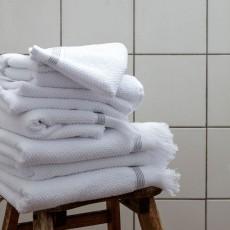 MK, 4C, Towel, 50x100 cm, White w. grey stripes, S