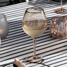 Goldie wine glass w. gold rim